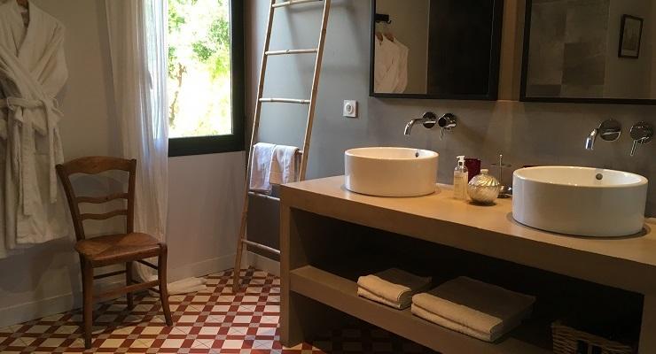 Salle d'eau Coté Cour - Chambre d'hôtes de Charme proche de Collioure